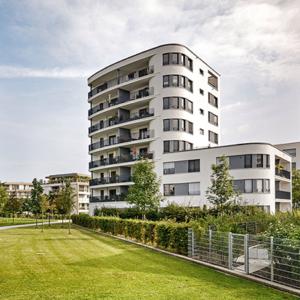 Bild Smart Living - Gebäude und Wiese